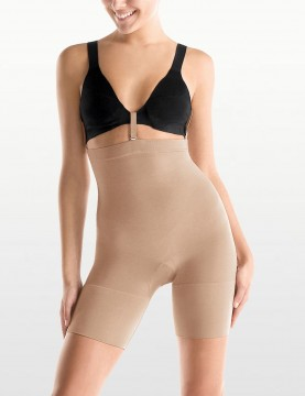 Spanx - Slim Cognito Seamless Mid Thigh Bodysuit - Style 067