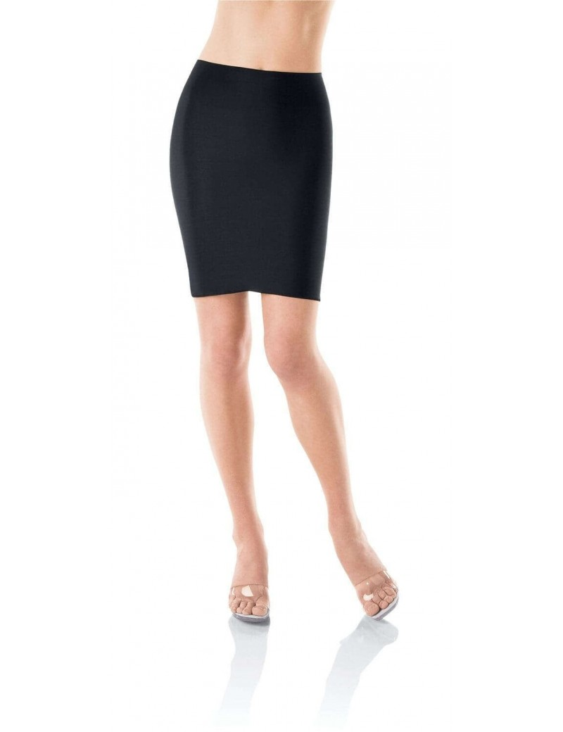Spanx - Hide & Sleek Half Slip