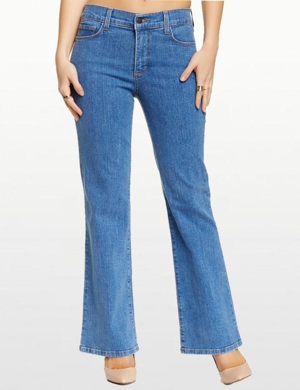 NYDJ - Sarah Classic Denim Bootcut Jeans in Light Wash *400dL